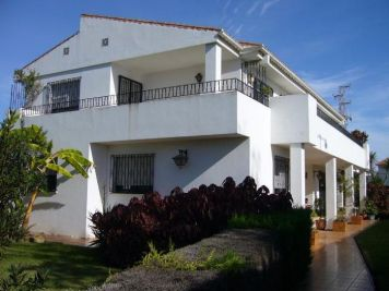 Chalet en venta en Chilches-Costa